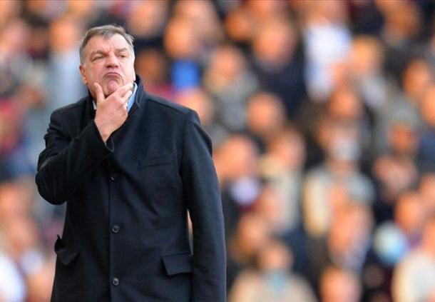 West Ham United Resmi Mendapatkan Aaron Cresswell