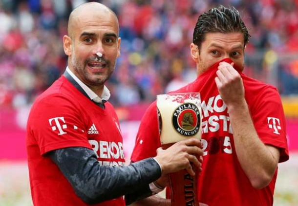 Xabi Alonsi Tak Ingin Bandingkan Jose Mourinho Dengan Pep Guardiola